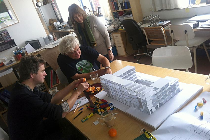 http://nautilus-amsterdam.nl/wp-content/uploads/2015/04/maquette-bouwen.jpg